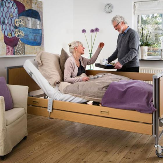 Invacare Accent Single Profiling Bed